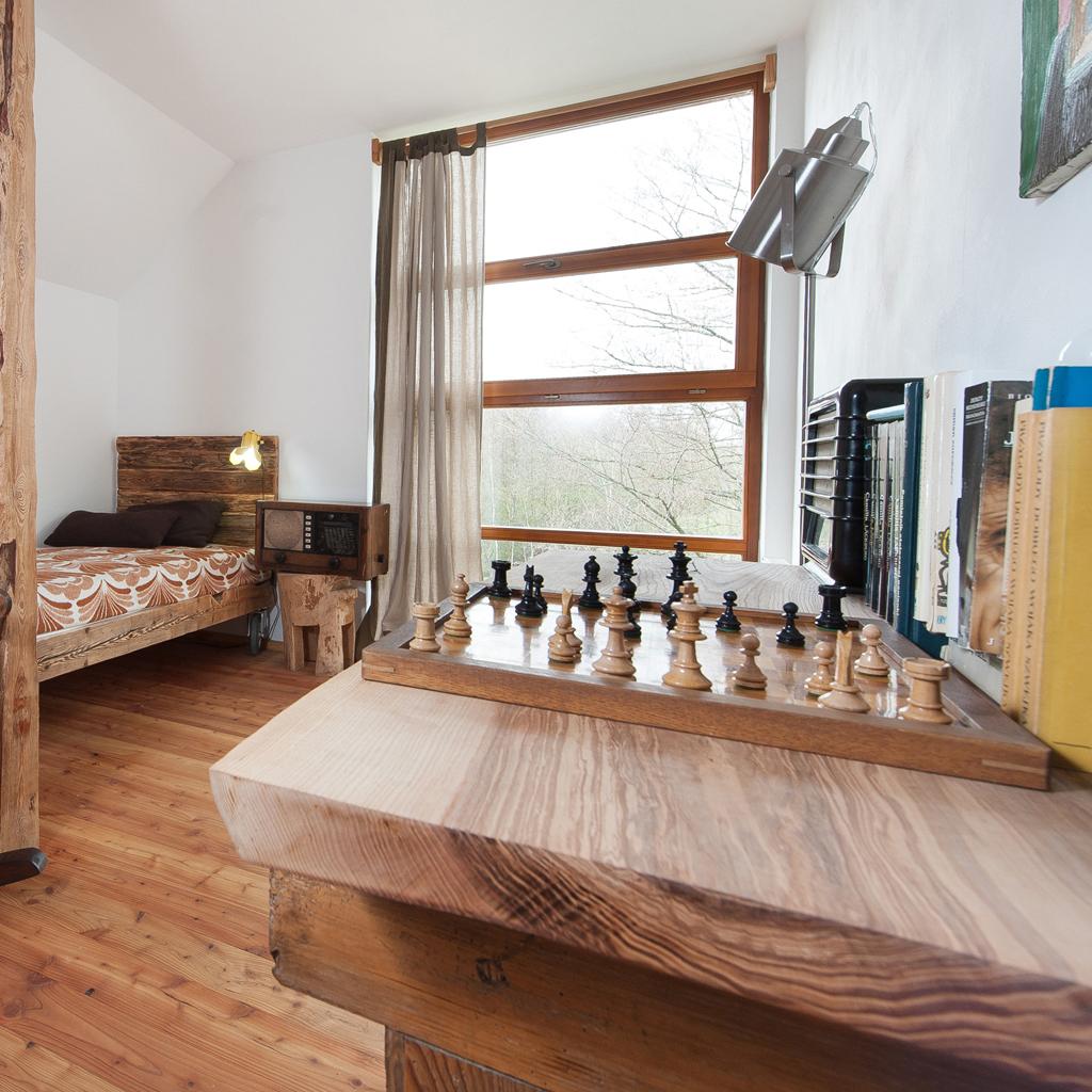 4 – z łóżkami na kółkach